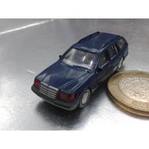 Wiking - Mercedes Benz 230 Te M.i. Germany Berlin