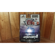 M2 Machines Dodge Charger Daytona Hemi Aleron Color Blanco