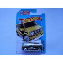 Hot Wheels Super Treasure Hunt Dodge Van 77