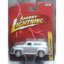 Johnny Lightning - 1950 Chevy Panel Delivery Es Nuevo