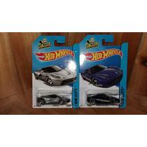 Hot Wheels Ferrari Set 2 Piezas Hw City 1/64