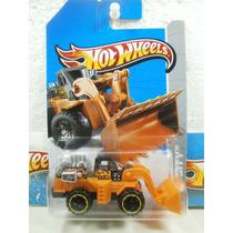 Hot Wheels Traxcavo Wheel Loader 44/250 2013 Construccion