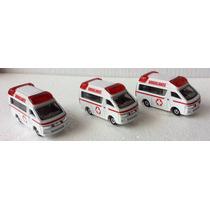 Ambulancia A Escala.tomica .toyota Hiace.1/64.