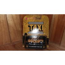 Hot Wheels Taxi 74 Checker Taxi Cab Retro 2016 Serie