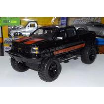 1:24 Chevrolet Silverado 2014 Off Road Negro Jada Display