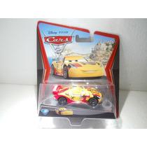 Disney Pixar Cars 2 Miguel Camino Amarillo N°23