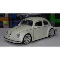 1:24 Volkswagen Beetle 1959 Blanco Mate Jada Vocho Display