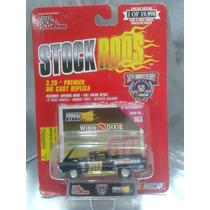 Racing Champions - 57 Ford Ranchero Nascar De 1998