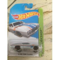 Hot Wheels 69 Ford Torino Talladega (gris)