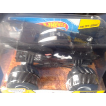 Batman Monster Jam Hot Wheels 1:24