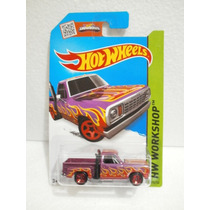 Hot Wheels Camioneta 78 Dodge Morado 215/250 2015