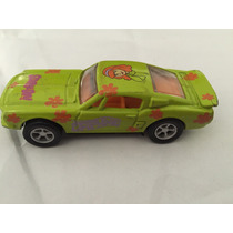Racing Champions 68 Mustang Daphne Scooby Doo, Escala 1:64