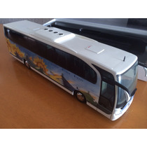 Autobus Mercedes Benz Travego, Coleccion Escala 1:43