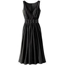 Vestido Negro Con Aplicaciones En Pedreria Hwo