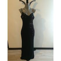 Vestido De Noche Negro Con Detalle De Flores
