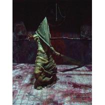 Silent Hill Figura Pyramid Head Cabeza Piramidal Único