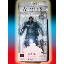 Assassins Creed Ezio Onyx Exclusivo Sin Capucha Maa
