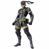 Revoltech Metal Gear Solid Peace Walker Naked Snake