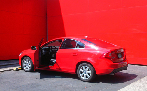 Volvo S60 1.6 Turbo Addition / Manual 6 Velocidades / 180 Hp