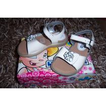 Número 15 Sandalias Blancas Para Nena Marca Coqueta