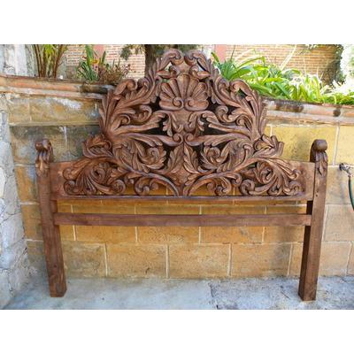 Cabecera ks vintage madera tallada acabado barniz for Muebles tallados en madera