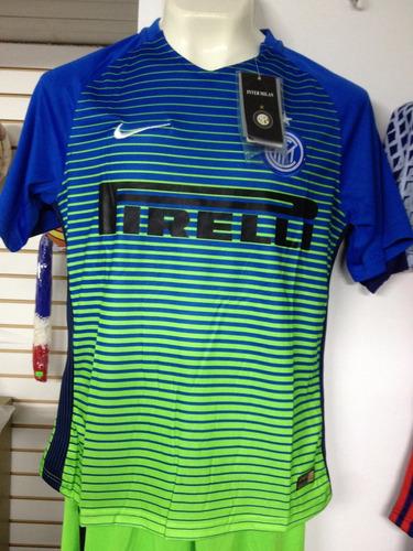 442e04d5631a9 Uniforme Futbol Inter De Milan. Nike. Completo. Envío Gratis en ...