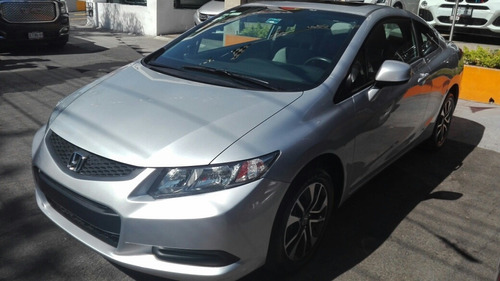 Honda Civic 2.0 Ex Coupe . At 2013