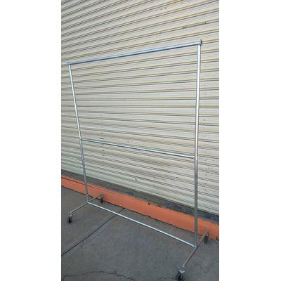 Rack viajero para colgar ropa galvanizado desarmable for Ganchos metalicos para colgar ropa