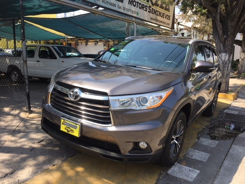Toyota Highlander 3.5 Limited Panoramic Roof Mt