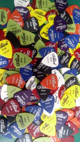 Paquete Con 100 Puas Para Guitarra O Bajo 0.81 Envio Gratis!