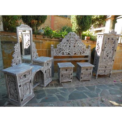 Rec mara vintage tallada en madera con decapado antiguo - Ver muebles antiguos ...