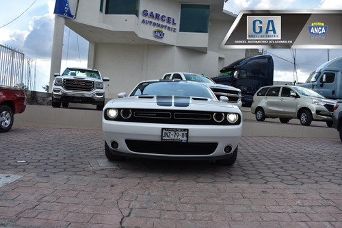 Dodge Challenger 3.7 3.6 Dual Stripes At