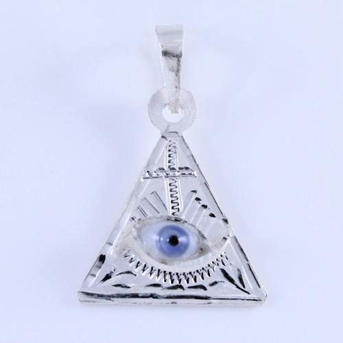 5225015d92f7 Dije De Pirámide El Ojo Que Todo Lo Ve De Plata Ley .925 en venta en ...